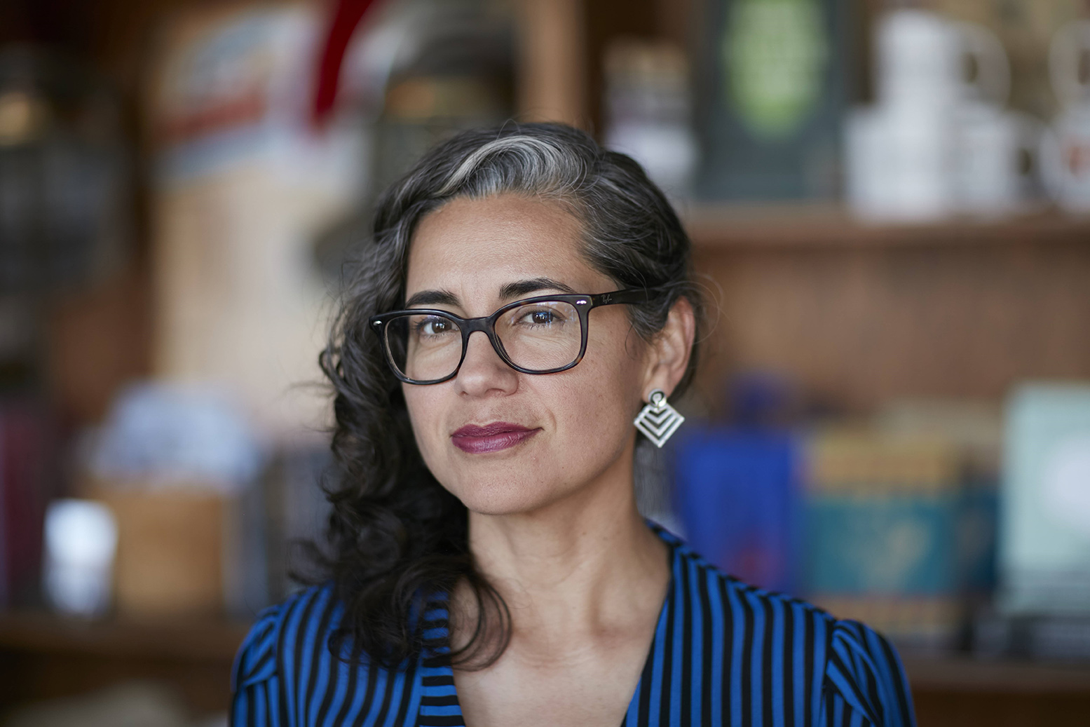 """Vickie Vertiz (MPAff '01) won the 2018 PEN America Literary Award in poetry for her book """"Palm Frond with Its Throat Cut"""""""
