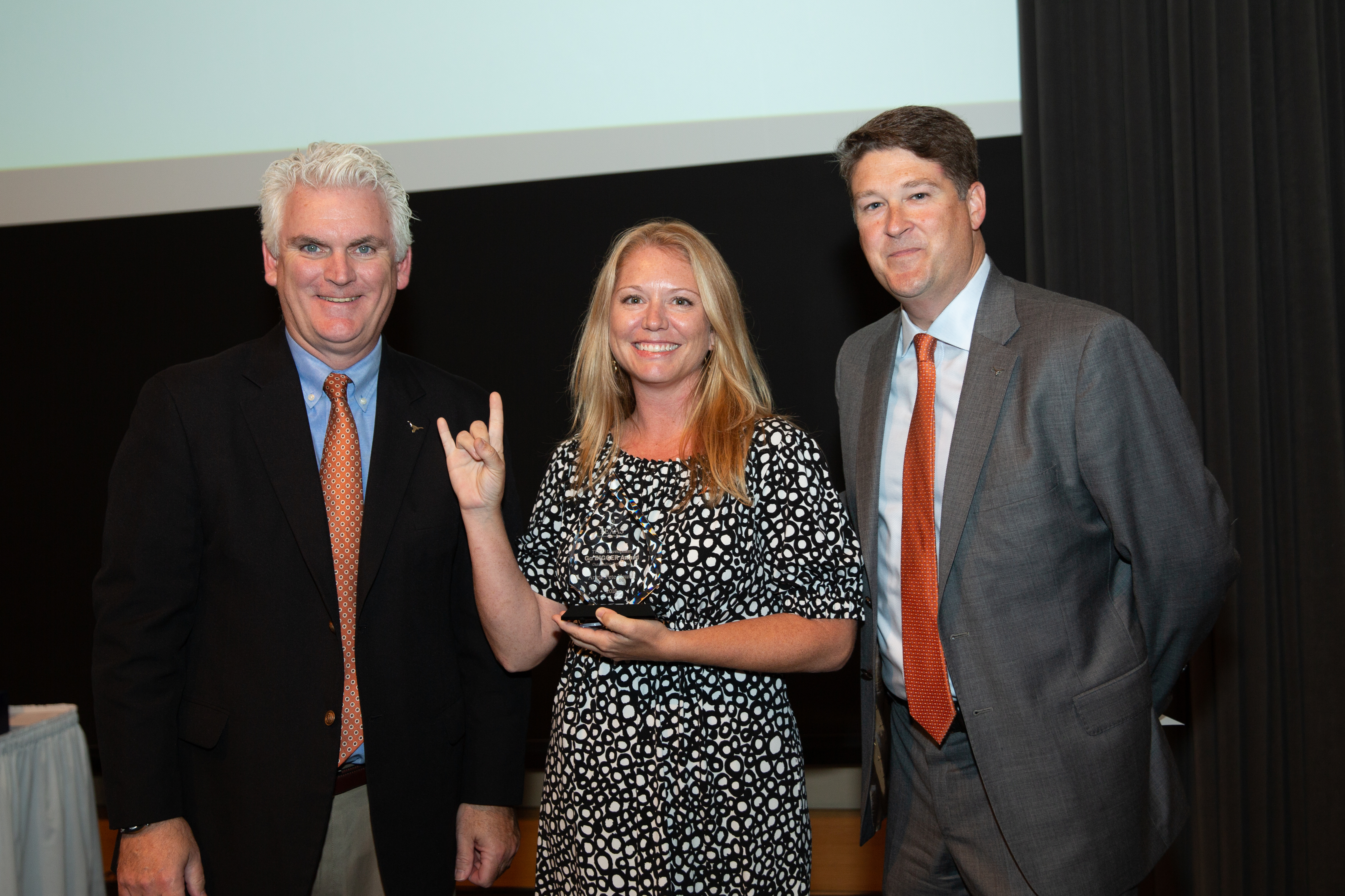Angie Pete Yowell (MPAff '08) is honored by TEXAS Development at the 2018 Go BIGGER Awards